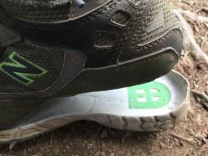 靴 接着剤 コンビニ,靴 接着剤 方法,靴 パカパカ 応急処置