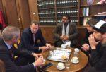 Še nepravnomočna sodba: MNZ mora odločiti o Ahmadu