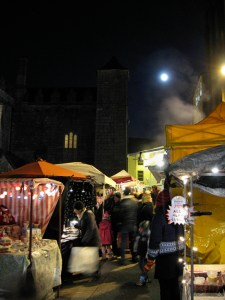 Full moon on Galway market