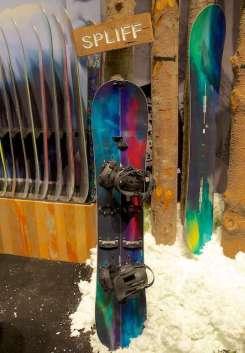 2015 Burton Spliff splitboard - © Chris Gallardo