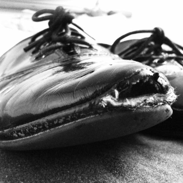 Broken Shoe - Zoe Homes - iPhone4