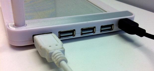 Erasable Memo Pad and USB Hub