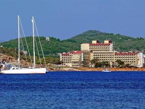 Sol Ibiza Hotel (Photo from Jet2Holidays)