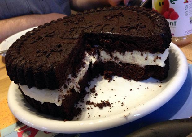 Home Made Oreo Cake