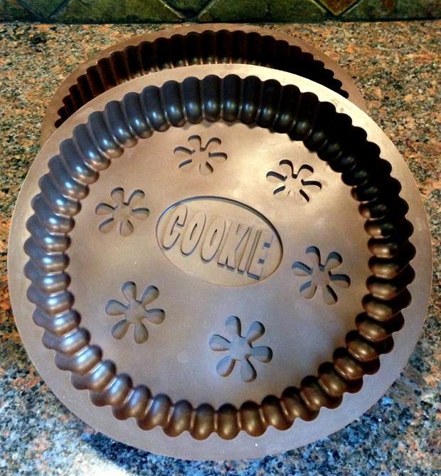 Home Made Oreo Cake Tins