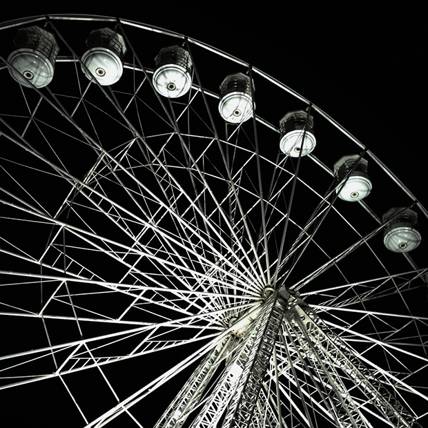 Ferris Wheel at Lincoln Christmas Market by Zoe Homes