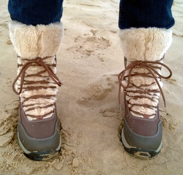 Wearing the Hi-tec St Anton Snow Boots