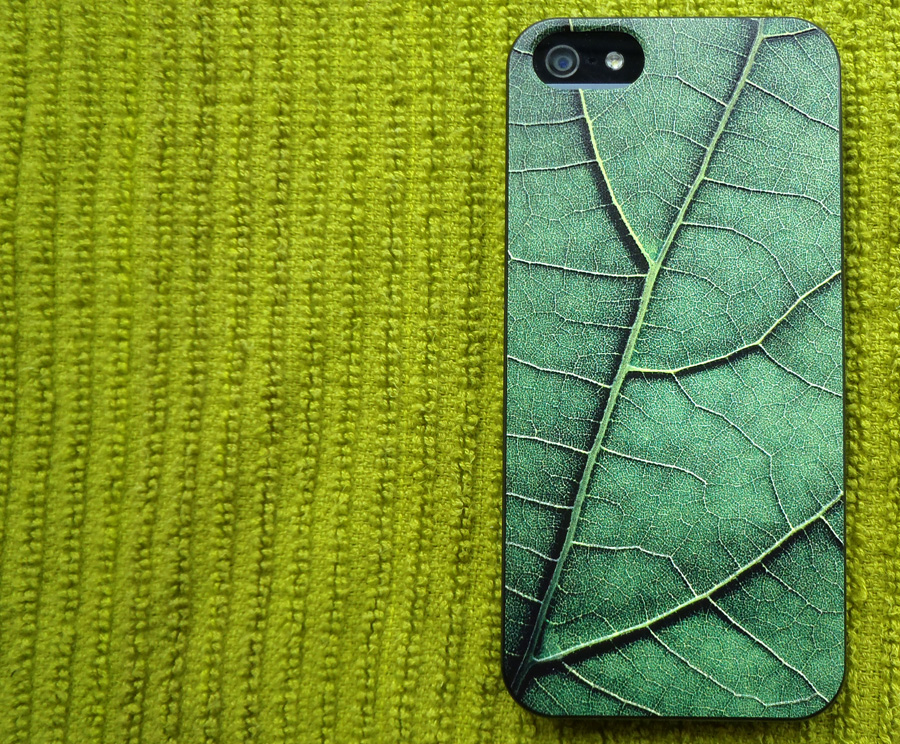 Review: Delikatessen iPhone Cover from Tucano