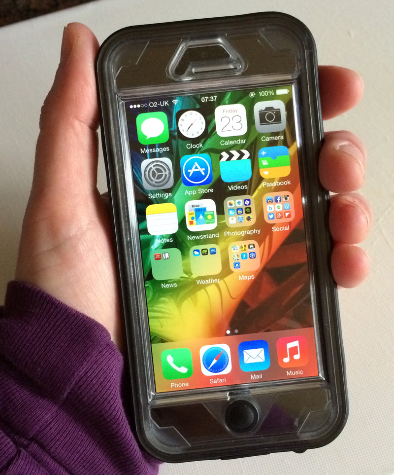 Naztech Vault iPhone Case