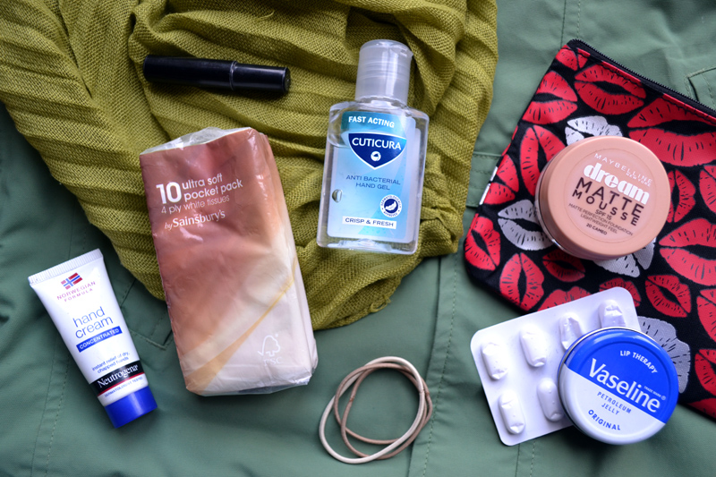 What's in my bag? Satchel Edition
