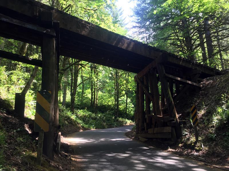 Zartusacan - Wooden Railway Bridge