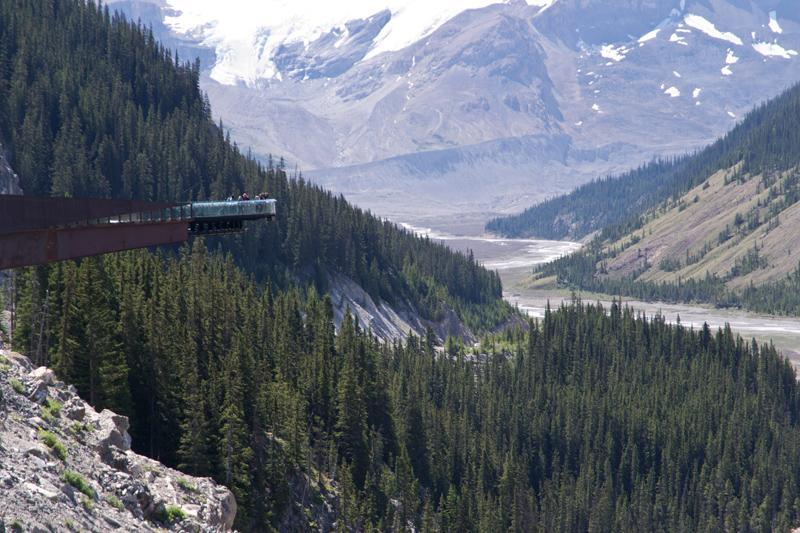 Zartusacan - Glacier Skywalk