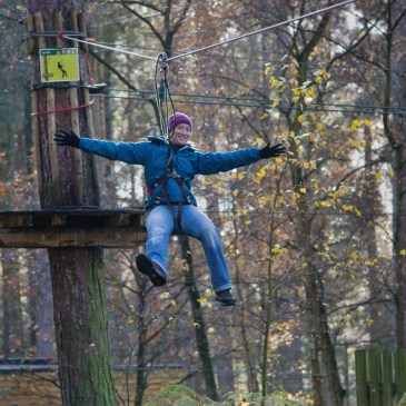 I HAVE NO UPPER BODY STRENGTH | GO APE ZIP CHALLENGE