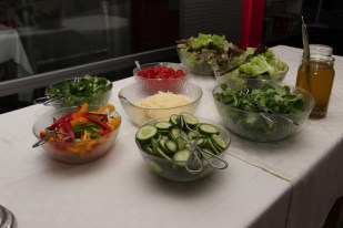 S+T Event_Catering_Buffet_Salatbar_Festhalle Oberbruch