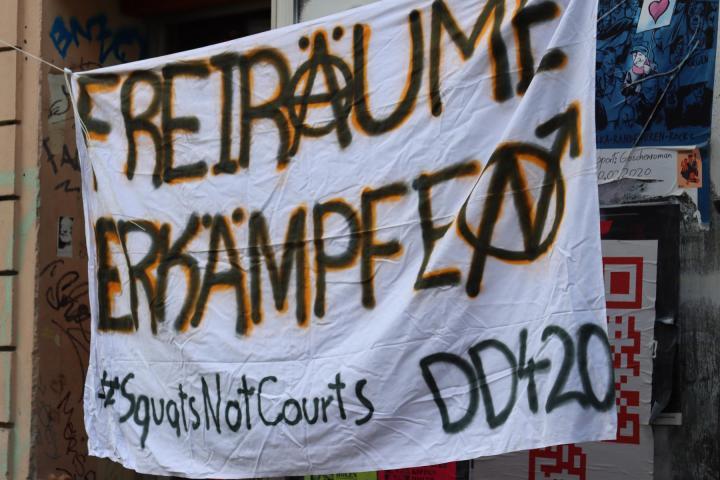 Aktivist*innen setzen Zeichen gegen Leerstand in sächsischer Landeshauptstadt