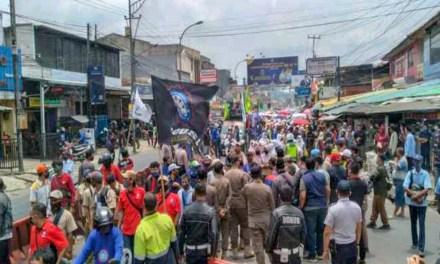 POLISI SEBUT KASUS DUGAAN PELANGGARAN PROKES UNJUK RASA NINING ELITOS MASIH LANJUT