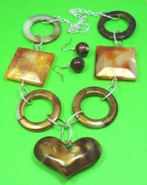necklaces jewellery  http://spoilmesilly.com.au/