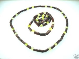 NEW-MENS-WOMENS-BEADED-WOOD-COCO-SURF-WOODEN-NECKLACE-150397303052-2