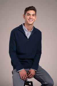 senior photo guy photos