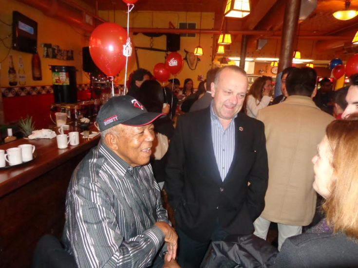 (l-r) Tony Oliva and Dave St. Peter