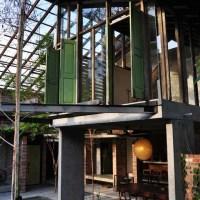 Sekeping Tenggiri, Bangsar| A Vacation Rental Full of Charm and Quirk