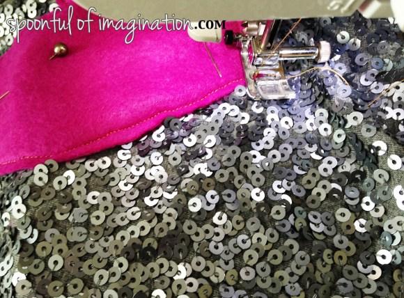 sewing_a_felt_heart