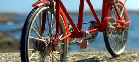 Se mettre au vélo pour maigrir ou pour un programme minceur. Le vélo peu vous faire perdre du poids mais à certaines conditions .