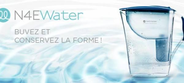 NAEWater® Boire régulièrement une eau alcaline ionisée aide votre corps à lutter contre l'acidité et à garder l'équilibre légèrement alcalin qui est synonyme de pleine forme !