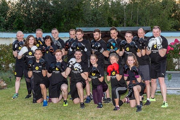 Gruppenbild Fitboxen Training Sportschule Sport Underdogs Castrop-Rauxel