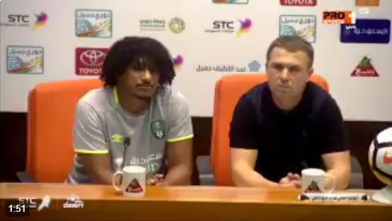 فيديو.. مدرب النادي الأهلي : أنت تجلس مكانك بينما أنا أجلس في الدكة