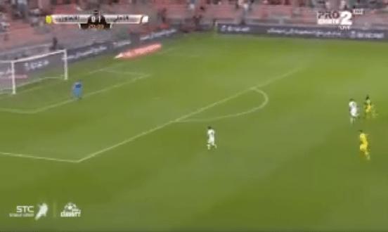 بالفيديو.. ليوناردو يضيف الهدف الثاني للأهلي في مرمى التعاون