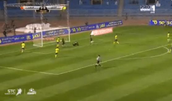 بالفيديو.. سلطان السوادي يسجل هدف التعادل للرائد في مرمى النصر