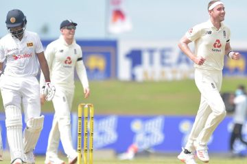 Stuart Broad stars on first morning at Galle to strike early blows for England