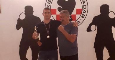 Nikoleto Grdović iz Boksačkog kluba Zadar brončani u Slovačkoj!