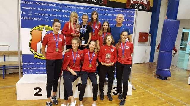 TK Zadar: Osam medalja na Livno Openu, kadetkinje ekipno druge, juniorke treće