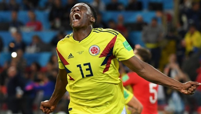 Yerry Mina scores for Colombia
