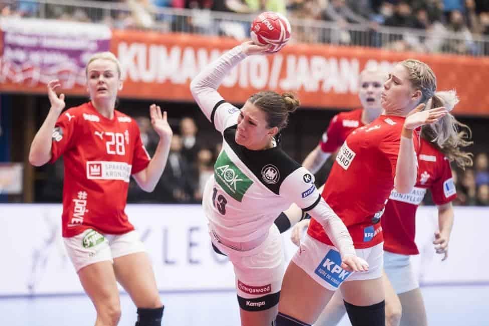 Handball WM 2019 - Julia Behnke - Dänemark vs. Deutschland - Copyright: IHF