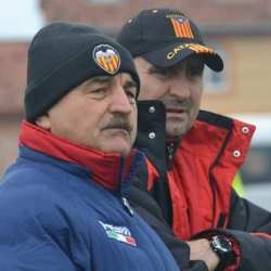 """Ionuț Popa: """" Mă surprinde schimbarea antrenorului, pentru că UTA nu are un obiectiv clar. Din vară se schimbă foaia la club!"""""""