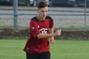 Lipova și Sântana joacă finala Cupei României (faza județeană), un jucător al Unirii – transportat la Spital!