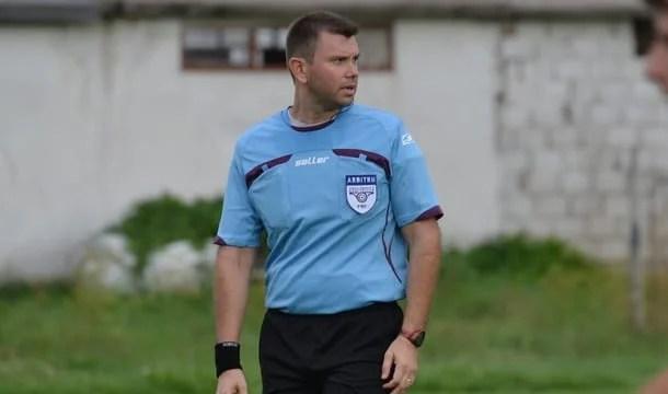Meciurile și arbitrii etapei a 28-a în Liga a IV-a Arad: Asaltul la podium al celor de la Pecica și Sântana, pe mâna lui Burza