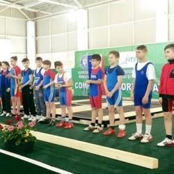 Opt medalii ale CSM-ului arădean la Cupa României de haltere rezervate juniorilor I și III