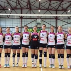 Voleibalistele Nădlacului - în semifinale la cadete!