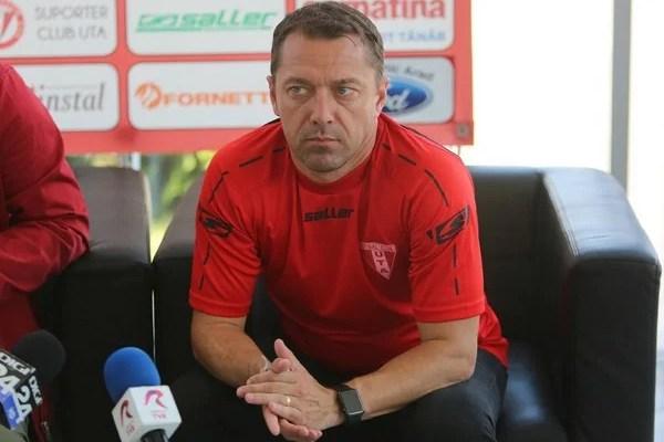 """Roșu: """"Victorie istorică la Timișoara, suntem foarte mulțumiți de cele întâmplate, dar conștientizăm importanța jocului cu Balotești"""""""