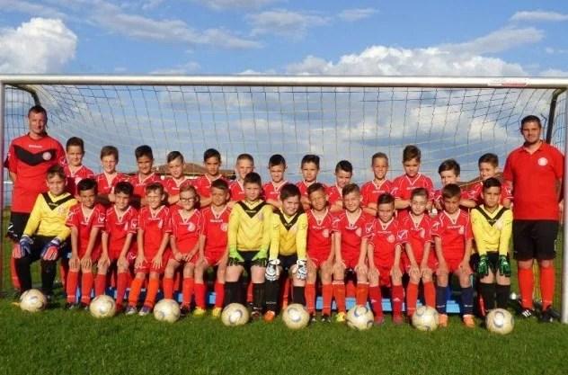 Viitorul a câștigat fără drept de apel campionatul juniorilor E și joacă în weekend, la Reșița, pentru calificarea în semifinala pe țară