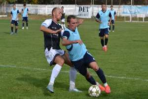 Zărăndanii, la -4 înainte de derby: CS Ineu – ACS Socodor 2-0