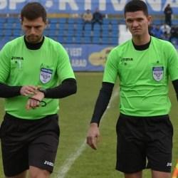 Livetext, ora 14.00: Național Sebiș - Gloria LT Cermei. Arbitrii au fluierat sfârșitul meciului în lipsa Ambulanței