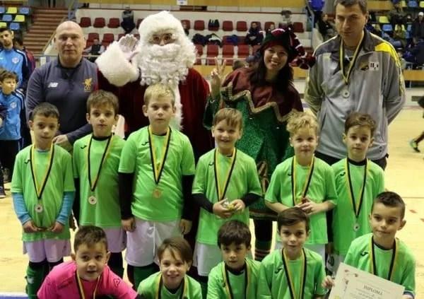 """Codlea, Lane Belgrad și gazdele în """"galben-negru"""", ultimele câștigătoare ale Cupei de Crăciun Atletico 2017"""