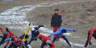 Debut de cantonament utist cu trei antrenamente de peste 5 ore, Tisza – implicat în toate