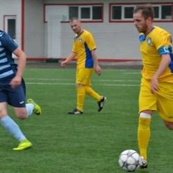 """""""Galben-albaștrii"""" au salvat rezultatul de la punctul cu var: Șoimii Lipova - Progresul Pecica 3-3"""