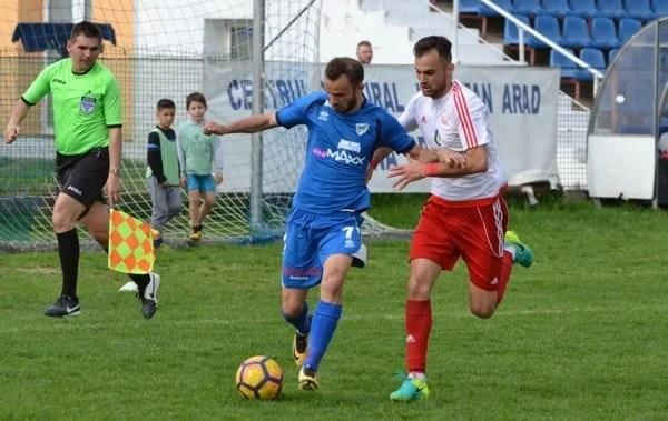 Livetext, ora 17: Național Sebiș - Lunca Teuz Cermei   3-0, final